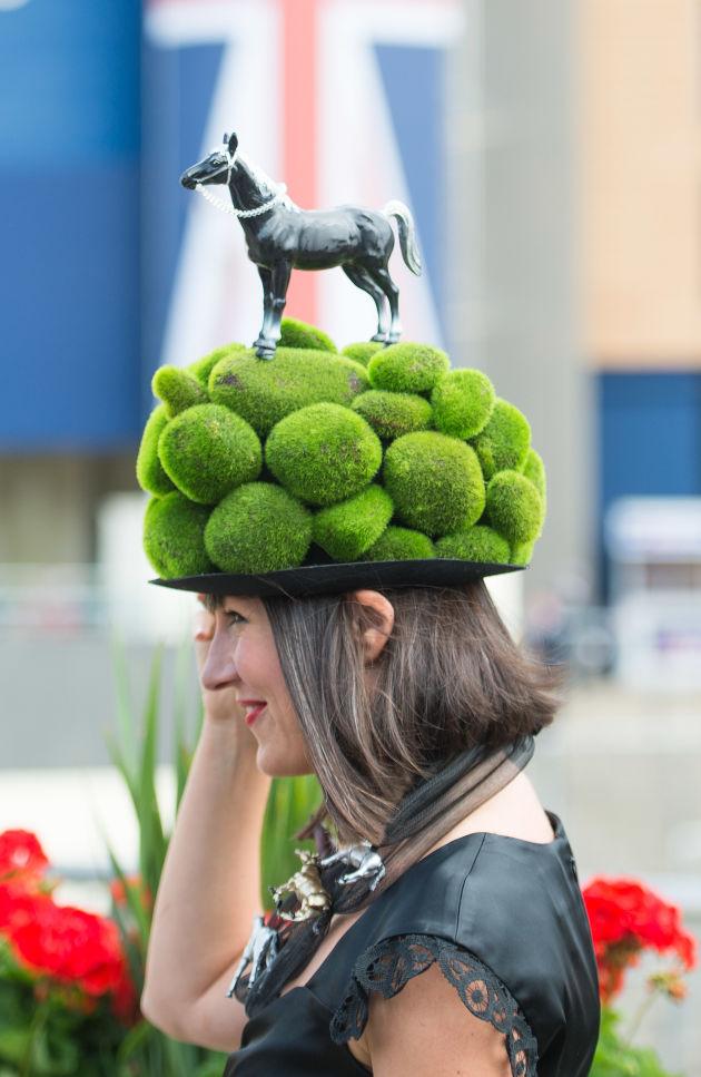 英国皇家赛马会:不要和爱马术的人比戴帽子 搭配 悦时尚 华人时尚美妆流行趋势 北美省钱快报旗下网站