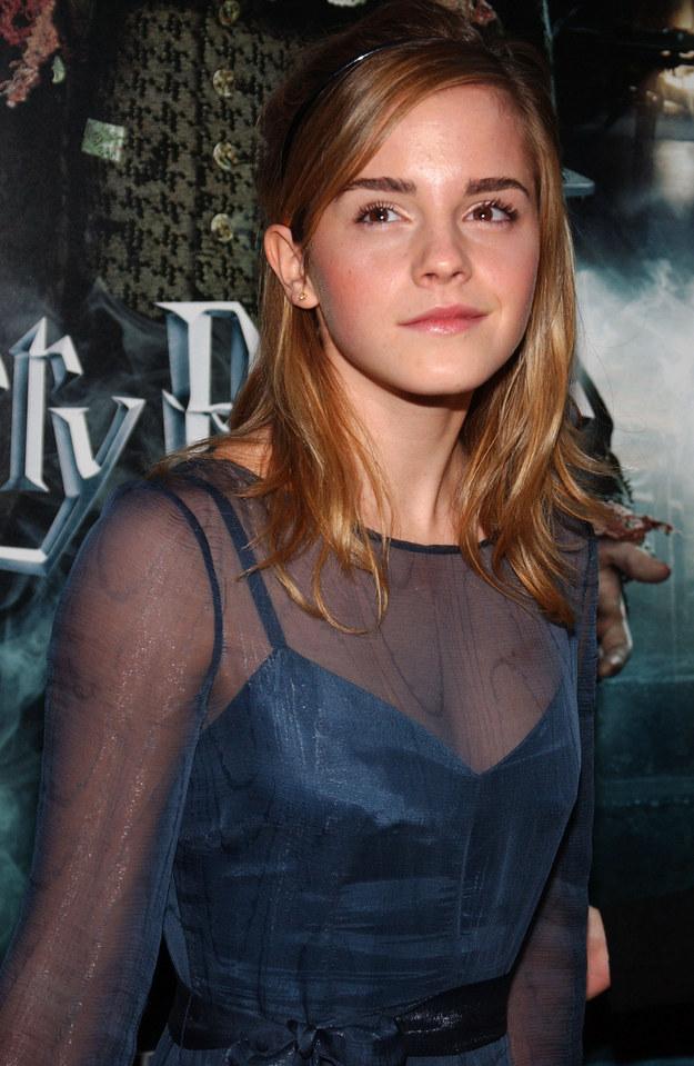 20个造型看Emma Watson10年时尚进化史 - 明星 - 悦时尚 - 华人时尚美妆流行趋势 - 北美省钱快报旗下网站