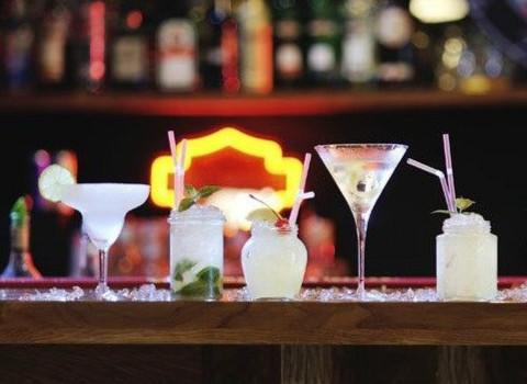 第一次去酒吧怕露怯?菜鳥也能輕松get的點酒秘籍!